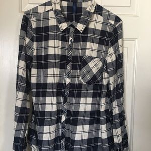 Tops - Fall creek plaid shirt